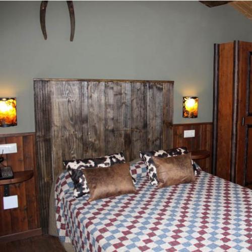 interior habitación suite paredes prefabricadas