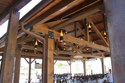 terraza restaurante en parque temático