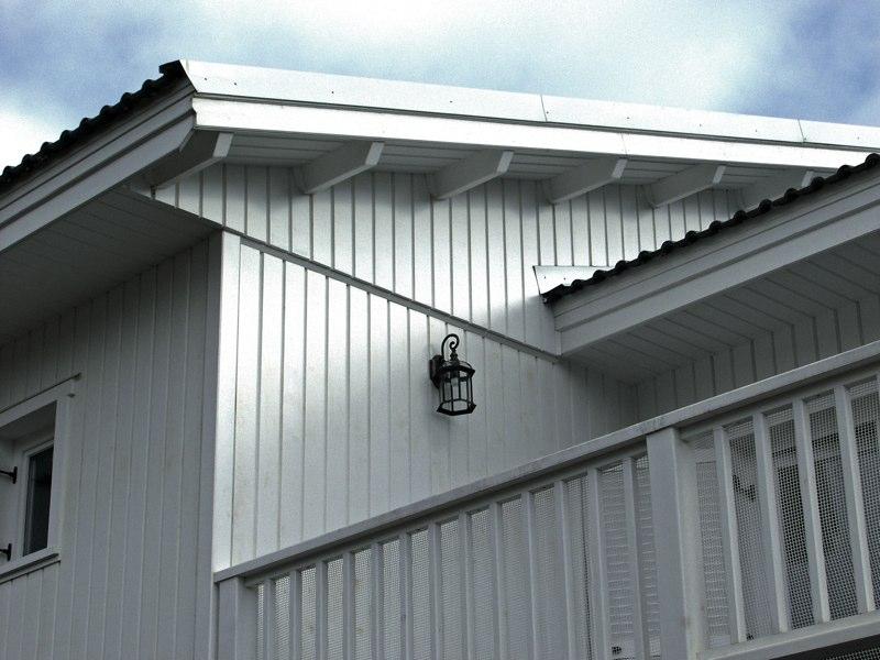 Casa madera blanca